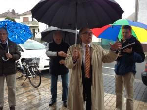 Bürgermeister Jakoby begrüßt die Rembrücker